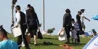 Religious Jews at the beach