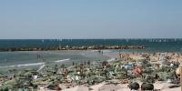 Shabbat Beach-goers